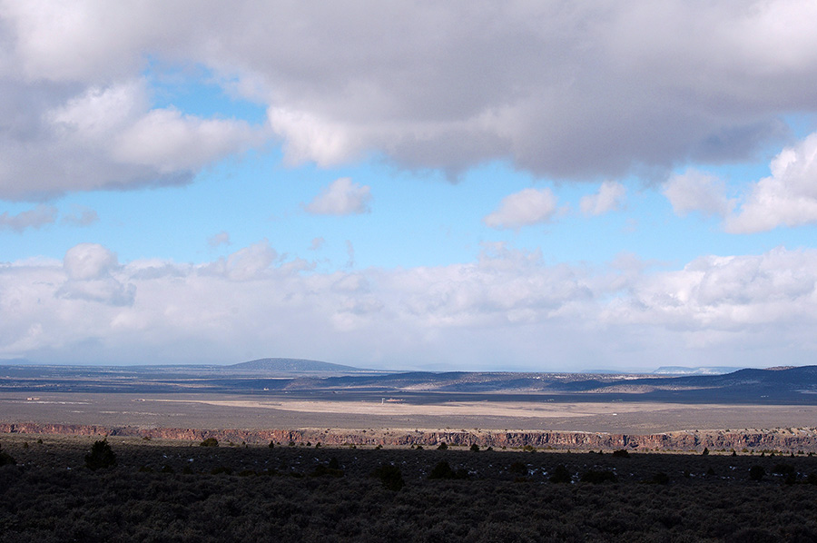 looking west from Taos Valley Overlook