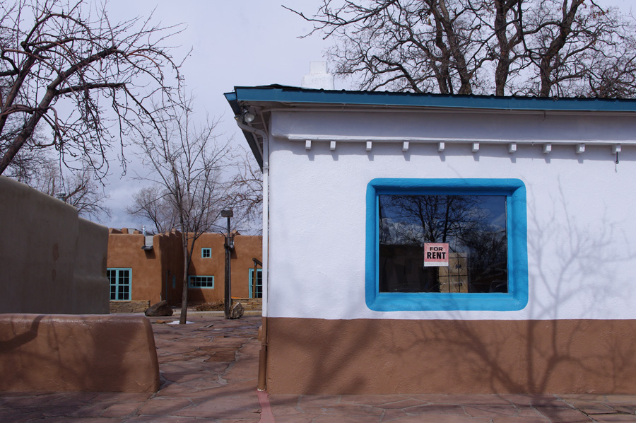 storefront for rent in Taos, NM