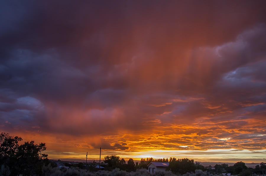amazing sunset virga near Taos