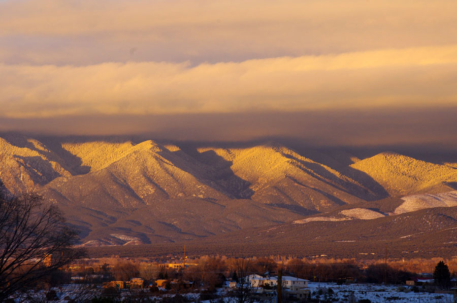 A view of the Sangre de Cristos in wintertime