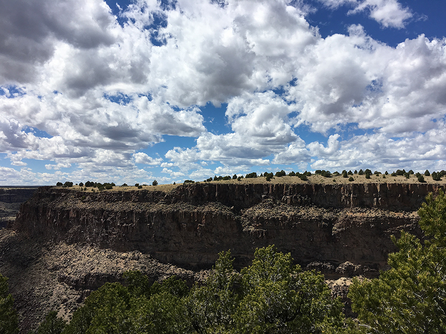 View from the cliff at Taos Valley Overlook