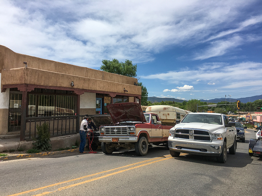 traffic scene in downtown Taos