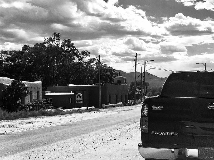 Ranchos de Taos scene